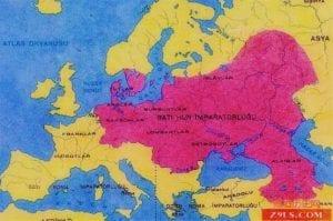 中亚乃至远东的游牧民族一次次地侵袭欧洲