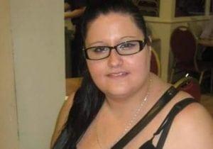 27岁的Sara Jayne Widdowson患上 无手机恐惧症